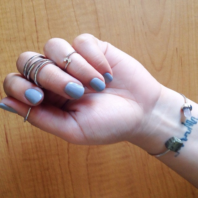 New #mani I kind of like gray and my skin tone - with some of my current favorite #jewelry in silver of course to match the whole thing #nails #rings #Beauty