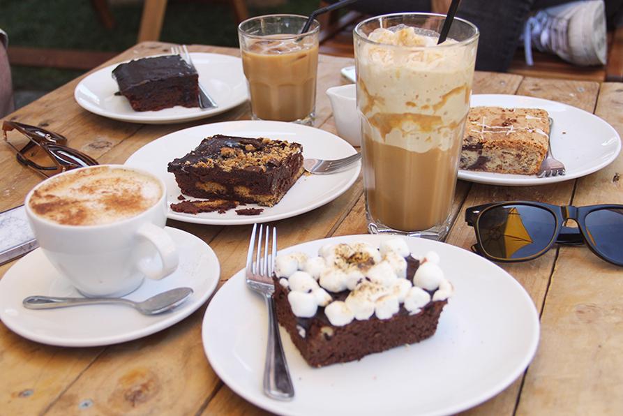 daniels_bakery_zomato_santiago_nunoa_brunch_cafe_brownie_smores_blondie_chocolate_dessert
