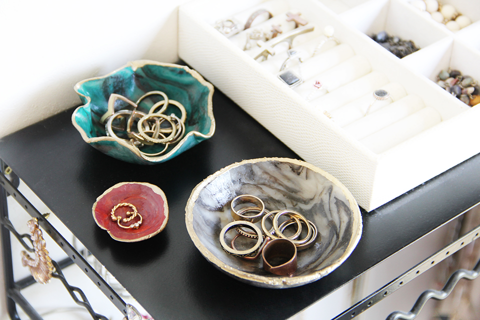 marble-ring-dish-DIY-clay-decor-ringdish-accessories-holder-color-bracelet