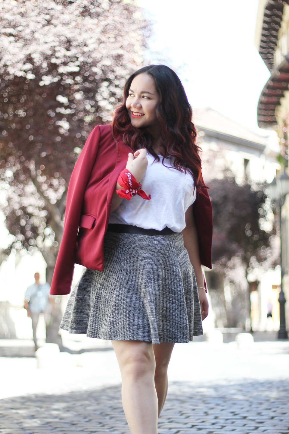 christmas-look-merry-holidays-h&m-dafiti-chile-street-style-summer-blazer-red-skater-skirt