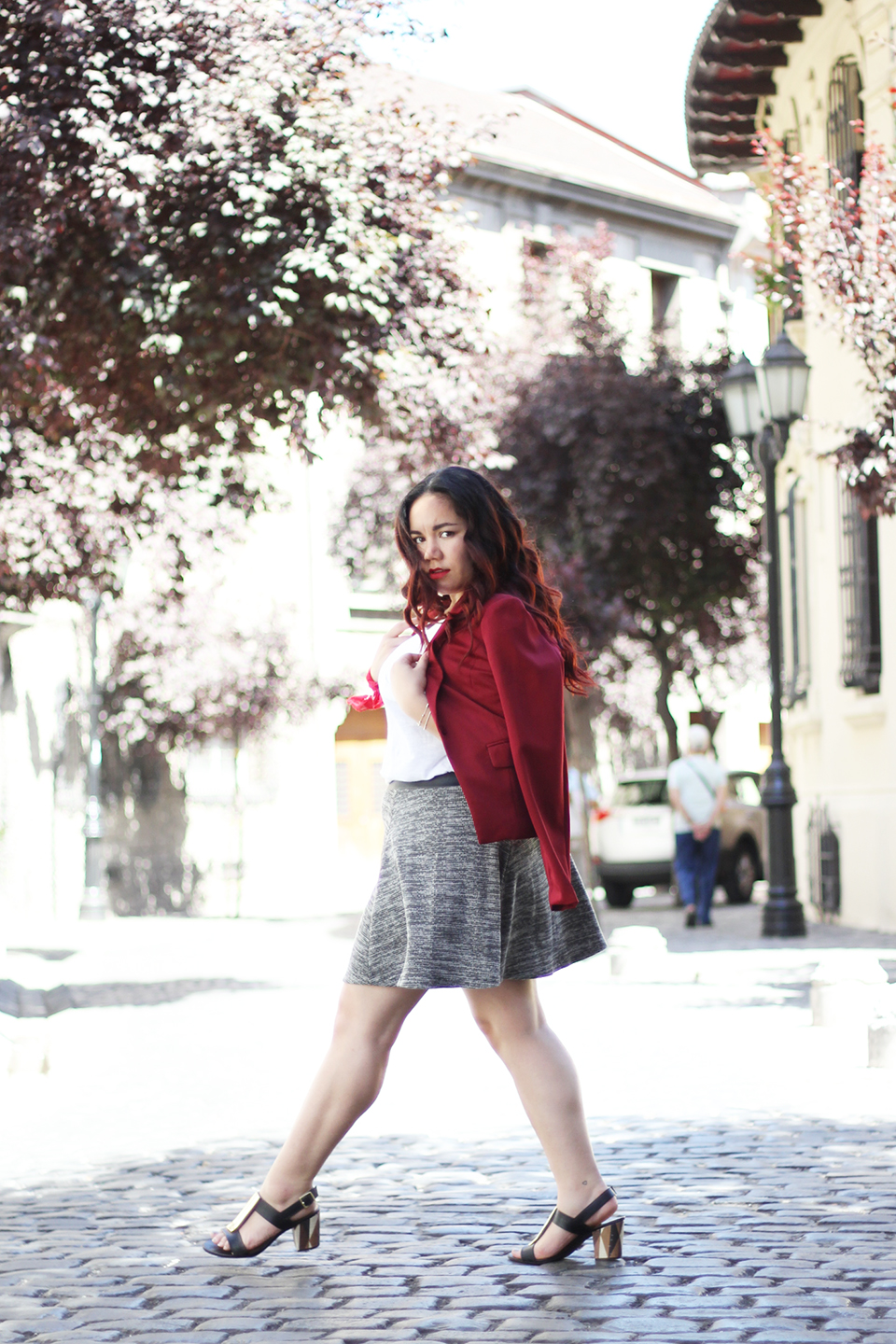 christmas-look-merry-holidays-h&m-dafiti-chile-street-style-summer-blazer-red-skirt
