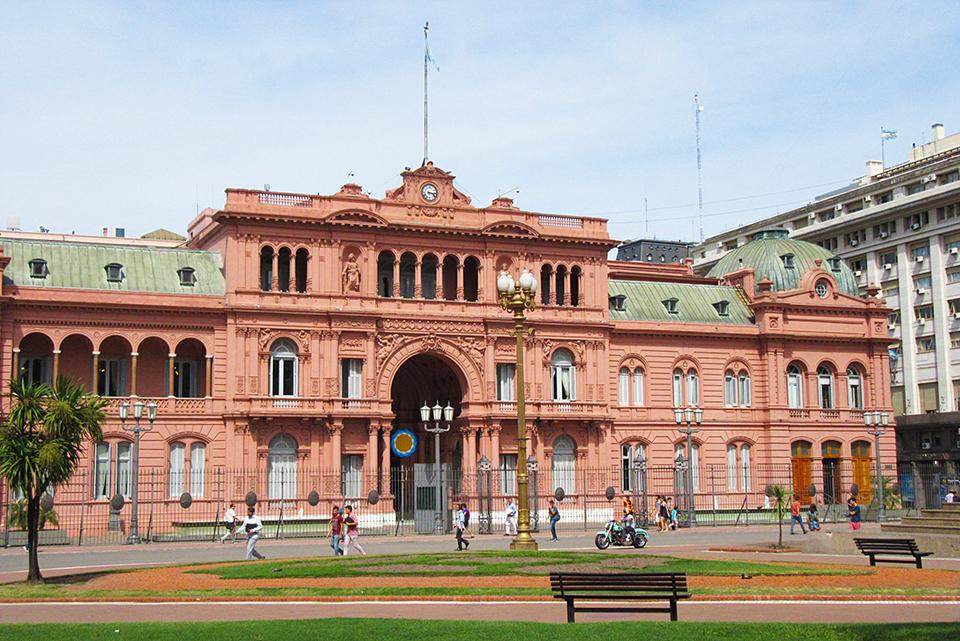 buenos-aires-argentina-casa-rosa-palacio-presidencial-arquitectura-verano-vacaciones-america-del-sur