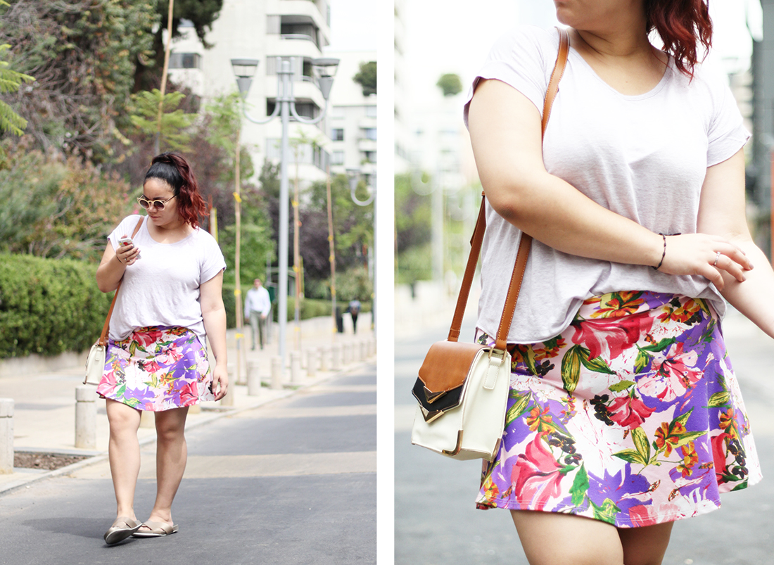 summer-outfit-pastels-pantone-color-of-the-year-purple-flowers-mini-skirt-golden-sandals-call-it-spring-mexican-blogger-street-style