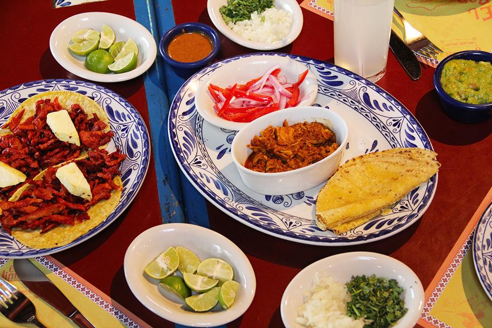 taqueria-el-ranchero-santiago-vitacura-comida-mexicana-chile-tacos-al-pastor-cochinita