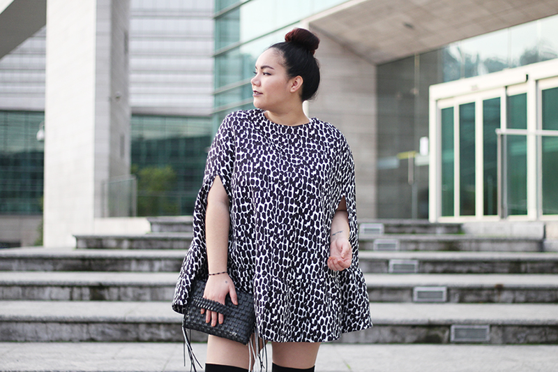 High knee boots with lace up + Cape dress | Golden Strokes