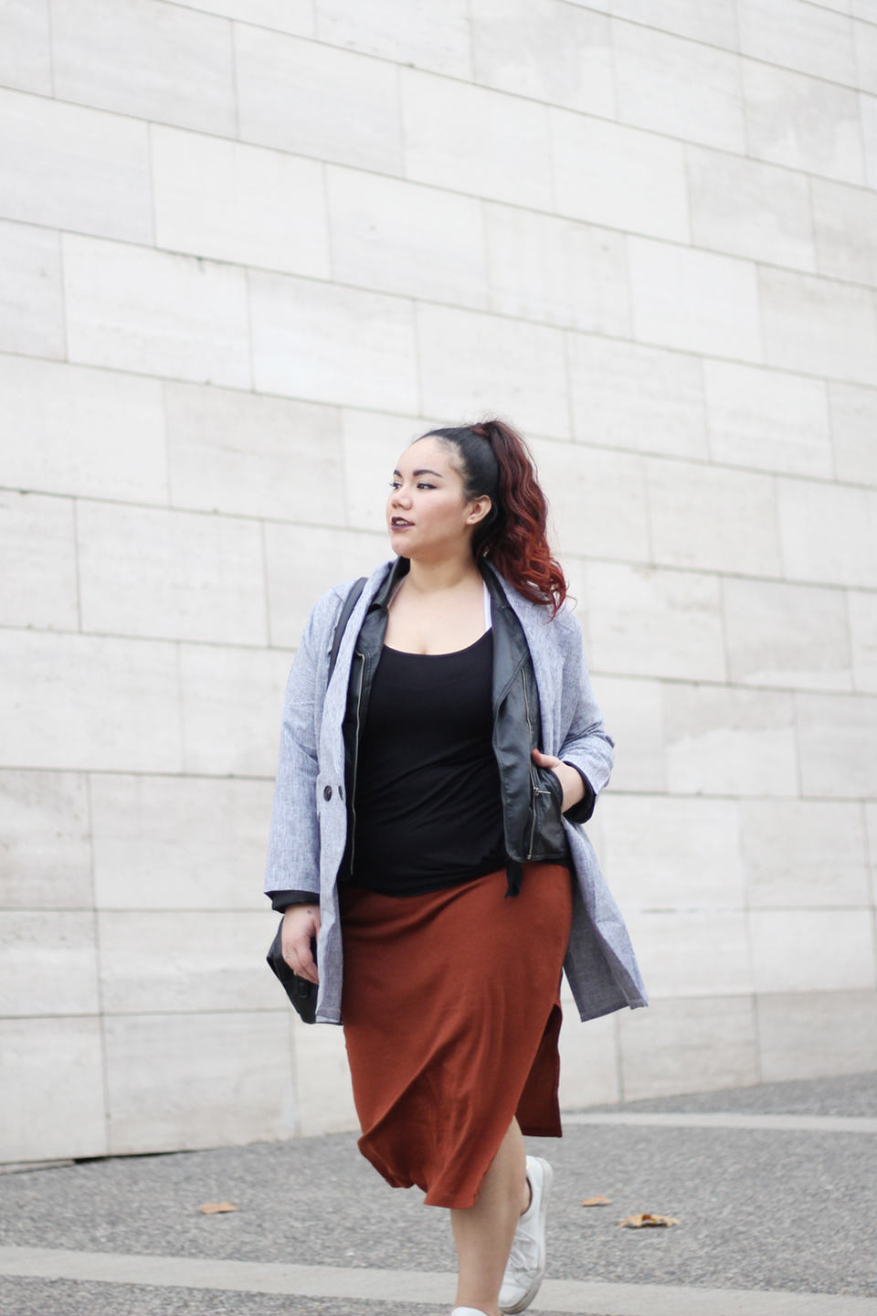Wear skirts for fall and trust in layers | Golden Strokes
