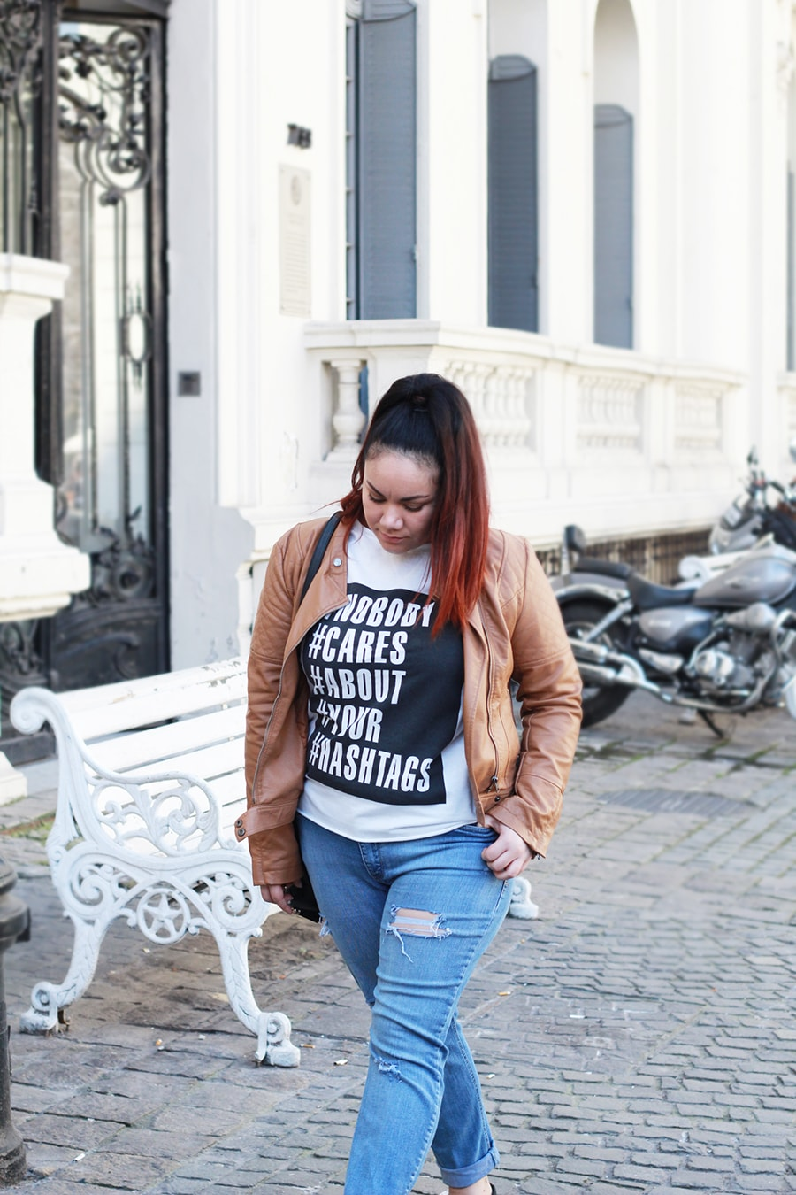 graphic-sweater-outfit-everyday-look-leather-jacket-ripped-jeans-plus-size-camel-hashtags-sweatshirt