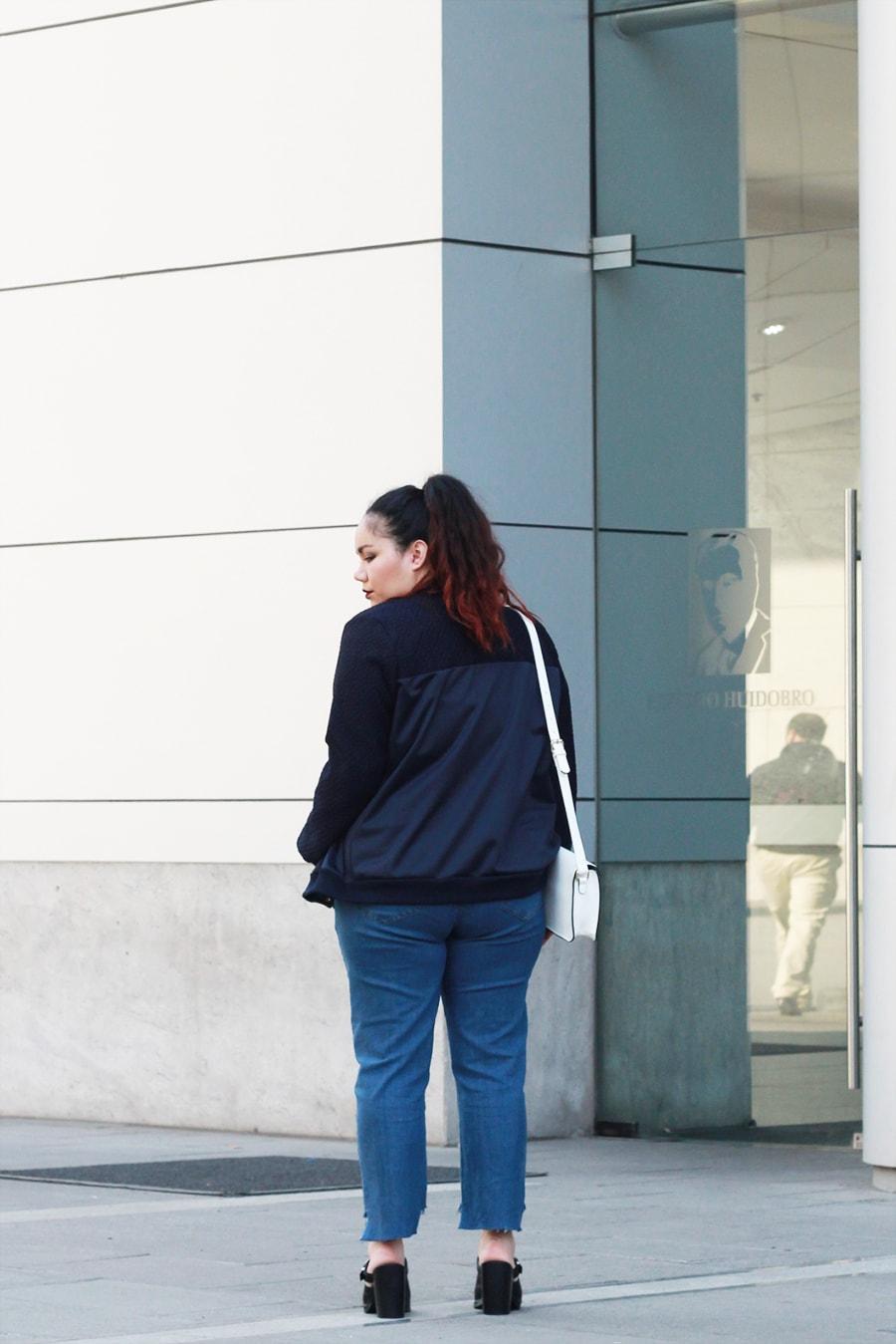 Blogger Méxicana - Bomber jacket for spring   Golden Strokes