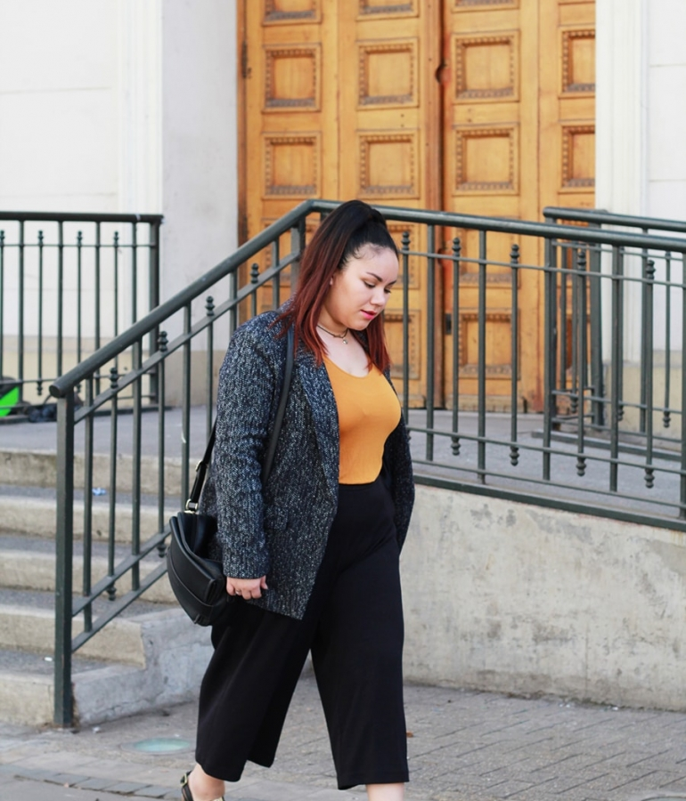After office: Culottes with mustard