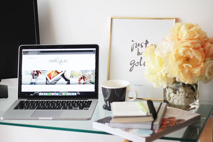 Life update: uninspired and fake bloggers