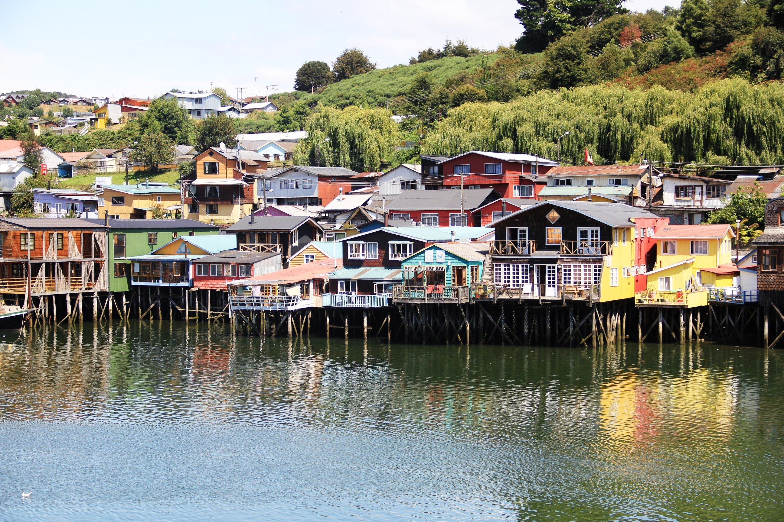 Sur de chile - road trip - chiloe - palafitos | Golden Strokes