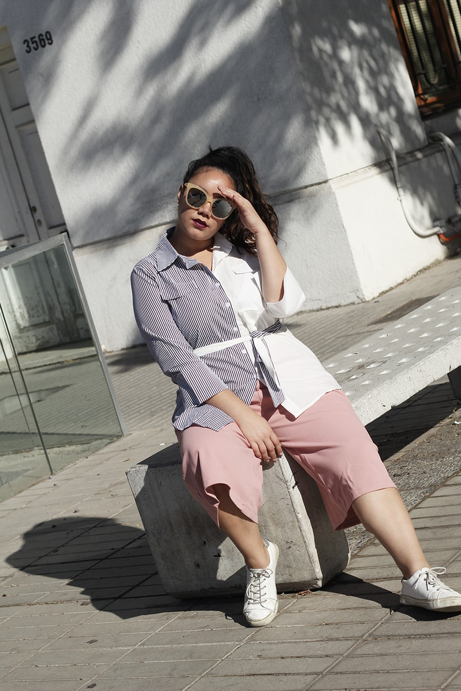 Pink culottes and a shirt for mid season
