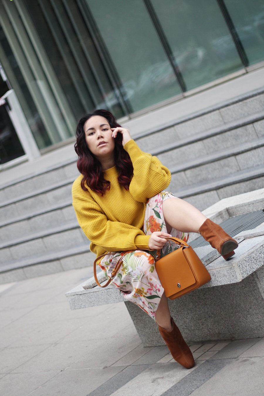 colorful outfit for winter long skirt sweater vestido con sueter invierno colores